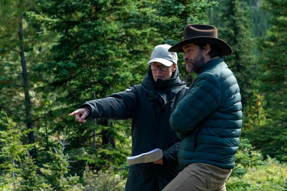Robin Wright with co-star Demian Bichir on location for Land (Daniel Power/Focus Features)