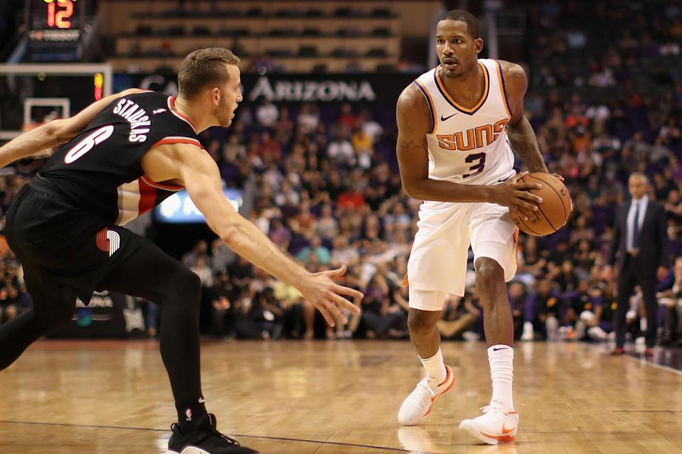 After their trade fell through on Friday night, the Suns and Wizards finally reached a deal to move Trevor Ariza on Saturday. (Christian Petersen/Getty Images)