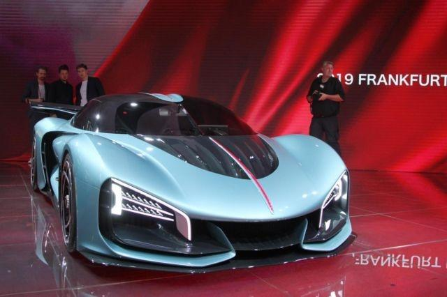 Chinese manufacturer Hongqi shows off 1,400-hp supercar concept in Frankfurt