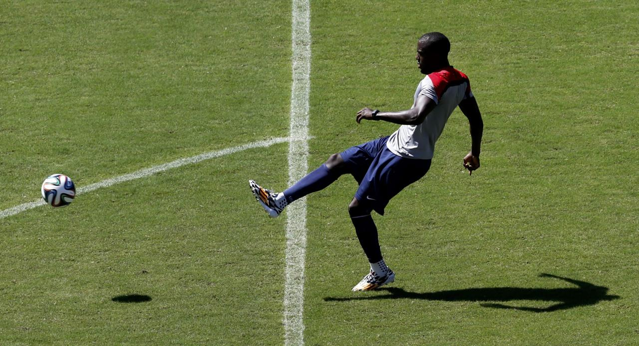U.S. player Jozy Altidore kicks the ball during a training session ahead of their 2014 World Cup round of 16 match against Belgium in Salvador, June 30, 2014. REUTERS/Marcos Brindicci (BRAZIL - Tags: SPORT SOCCER WORLD CUP)