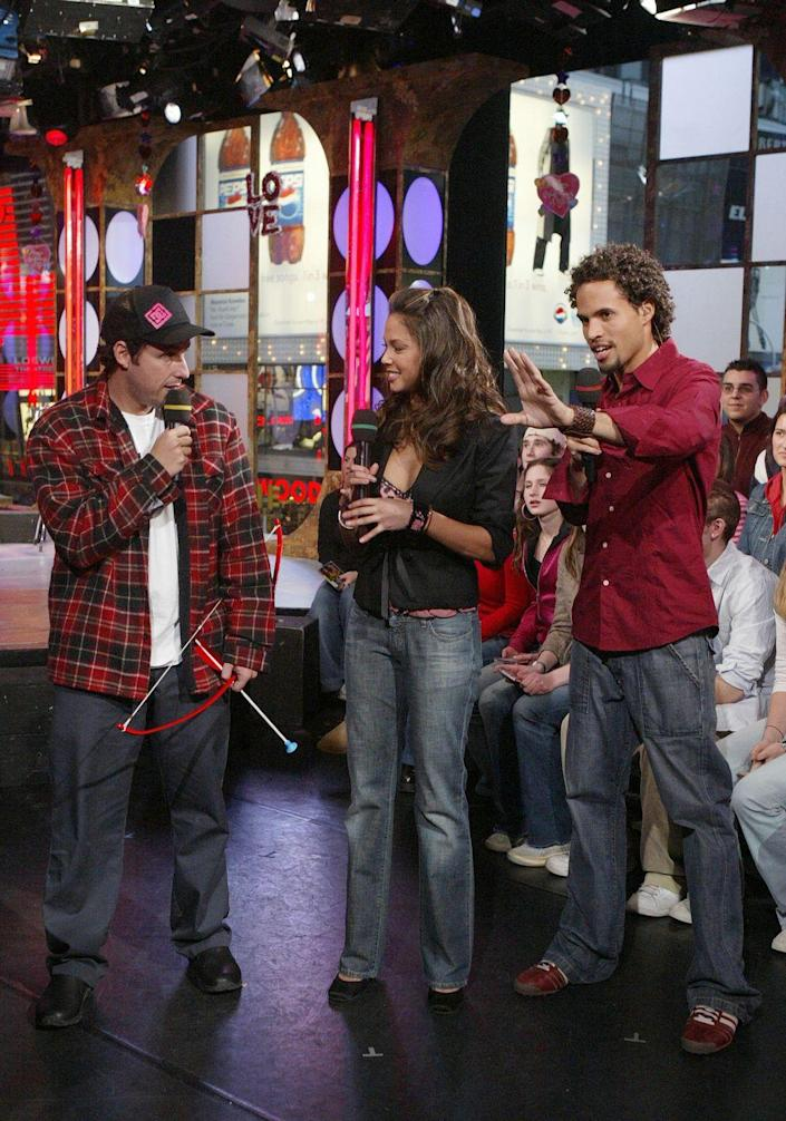 <p>If you were a teen in the early aughts, there's no way you weren't fully <em>obsessed</em> with Vanessa Minnillo, who hosted <em>TRL</em> from 2003 until 2007.</p>