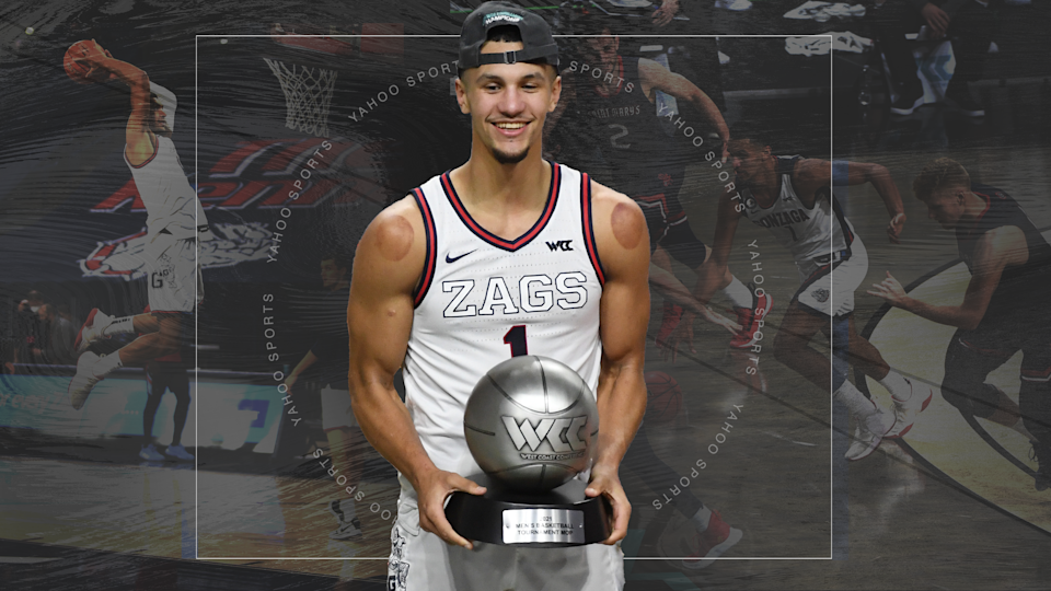 Jalen Suggs had a prolific high school football career as well before devoting himself solely to basketball. (Yahoo Sports illustration)