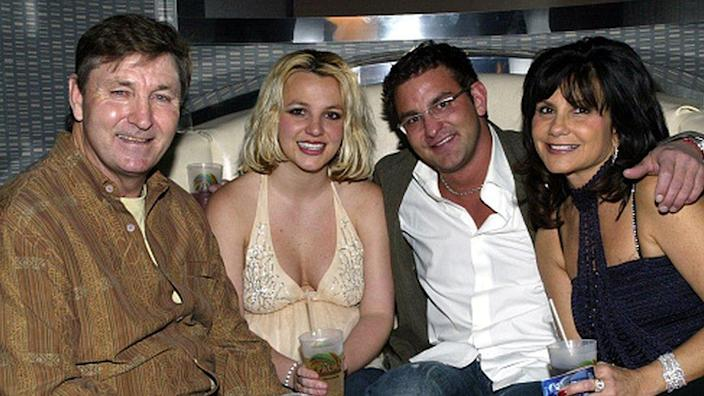 Singer Britney Spears and father Jamie (L)