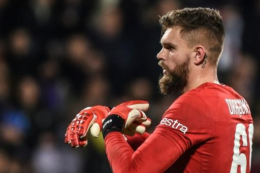 Safe hands: Bartlomiej Dragowski rescued a point for Fiorentina at home