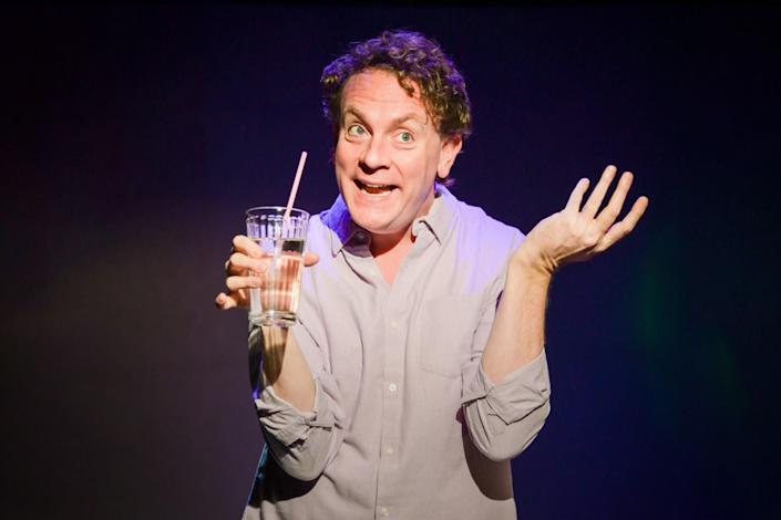 """Drew Droege stars in """"Happy Birthday Doug,"""" now playing at New York's SoHo Playhouse through March 29. (Photo: Russ Rowland )"""