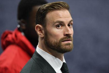 FILE PHOTO: Feb 3, 2019; Atlanta, GA, USA; Philadelphia Eagles defensive end Chris Long walks the sidelines before Super Bowl LIII between the New England Patriots and the Los Angeles Rams at Mercedes-Benz Stadium. Mandatory Credit: Dale Zanine-USA TODAY Sports