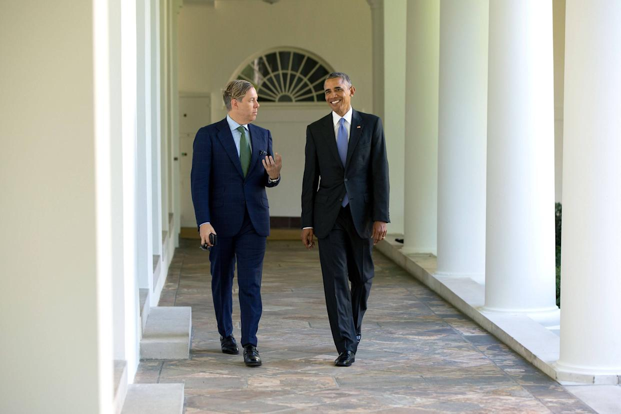 President Barack Obama walks on the Colonnade of the White House with interior designer Michael Smith on Sept. 15, 2015.