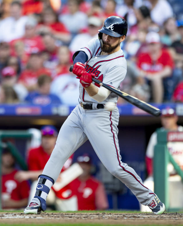 Atlanta Braves' Ender Inciarte hits a single in the fourth inning of a baseball game against the Philadelphia Phillies, Sunday, Sept. 30, 2018, in Philadelphia. (AP Photo/Laurence Kesterson)