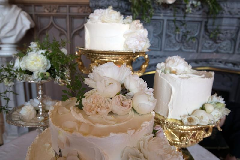WINDSOR,ENGLAND - MAY 19: The wedding cake by Claire Ptak of London-based bakery Violet Cakes in Windsor Castle for the royal wedding of Meghan Markle and Prince Harry on May 19, 2018 in Windsor,England. (Photo by Steve Parsons - WPA Pool/Getty Images)