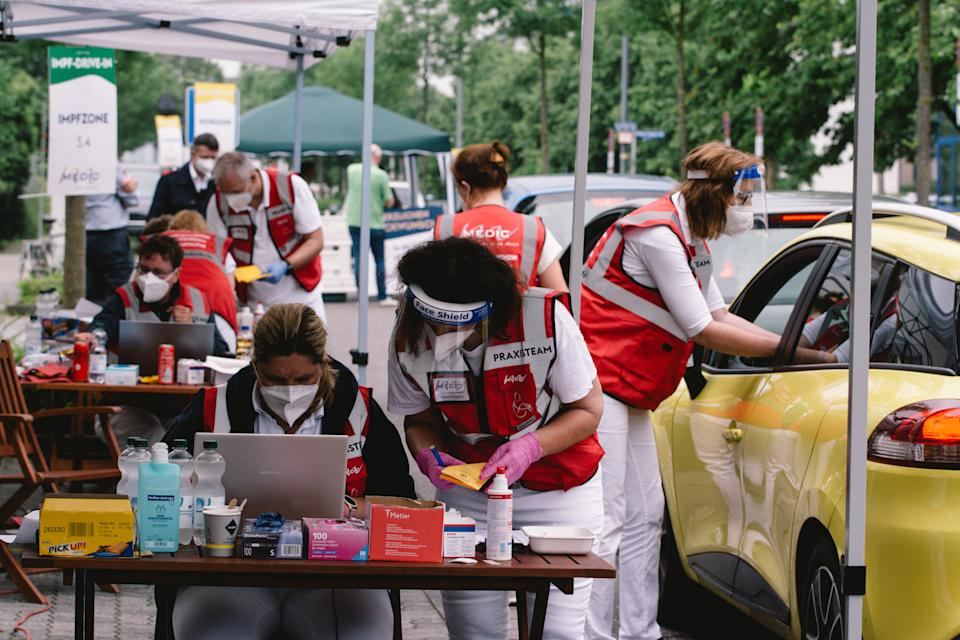 general view of mass drive in 3000 Johnson & Johnson vaccines held in Meerbusch, near Duesseldorf, Germany on June 5, 2021 (Photo by Ying Tang/NurPhoto via Getty Images)