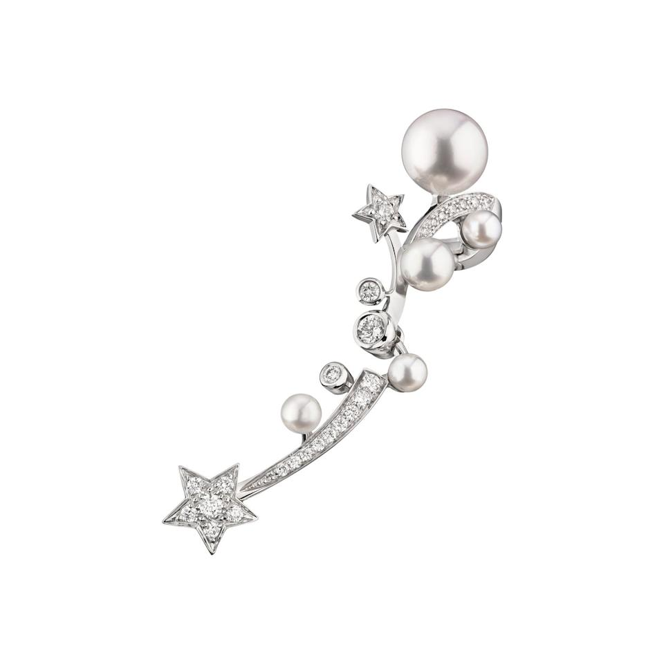 """<p>This intricate ear cuff looks spectacular worn alone, or as part of a mismatched pair with another simple pearl stud. </p><p><a class=""""body-btn-link"""" href=""""https://go.redirectingat.com?id=127X1599956&url=https%3A%2F%2Fwww.chanel.com%2Fen_GB%2Fwatches-jewellery%2Fjewellery%2Fp%2Fcomete-perlee-ear-cuff%2FJ11690&sref=https%3A%2F%2Fwww.harpersbazaar.com%2Fuk%2Ffashion%2Fjewellery-watches%2Fg32891019%2Fbest-birthstone-jewellery-june%2F"""" target=""""_blank"""">SHOP NOW </a></p>"""