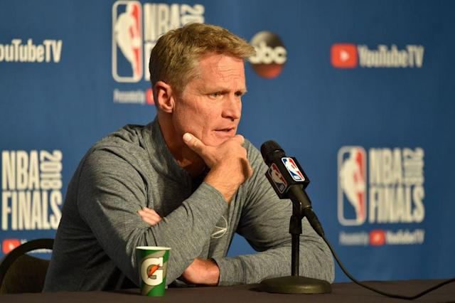 "<a class=""link rapid-noclick-resp"" href=""/nba/teams/gsw"" data-ylk=""slk:Warriors"">Warriors</a> coach Steve Kerr praised the <a class=""link rapid-noclick-resp"" href=""/wnba/teams/min"" data-ylk=""slk:Minnesota Lynx"">Minnesota Lynx</a> and <a class=""link rapid-noclick-resp"" href=""/nfl/teams/phi"" data-ylk=""slk:Philadelphia Eagles"">Philadelphia Eagles</a> for showing their patriotism through public action, while criticizing President Donald Trump for aiming to show his through 'military sing-alongs at the White House.' (Getty)"