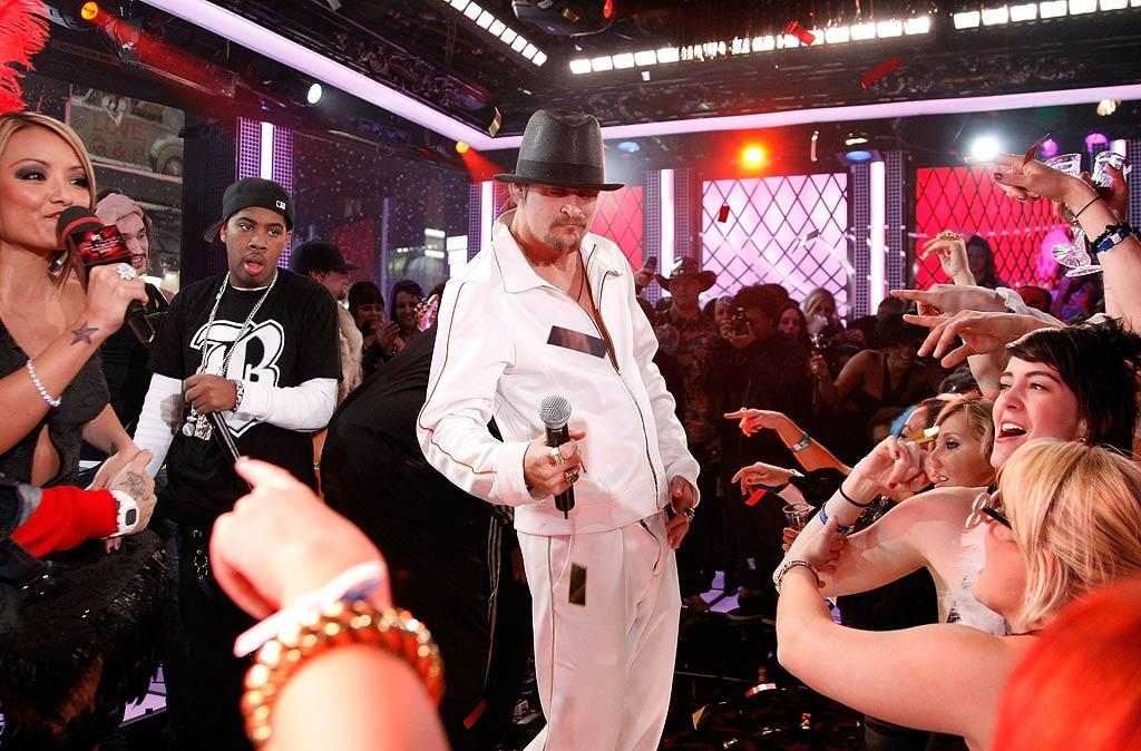 "Kid Rock helped the diminutive diva keep the party going into the early morning hours with a rowdy performance. Jemal Countess/<a href=""http://www.wireimage.com"" target=""new"">WireImage.com</a> - December 31, 2007"