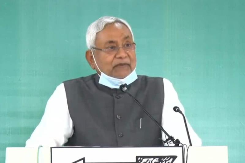 'Those Who Couldn't Even Hold a Cabinet Meet…': Nitish Hits Back at Tejashwi's Promise of 10L Jobs
