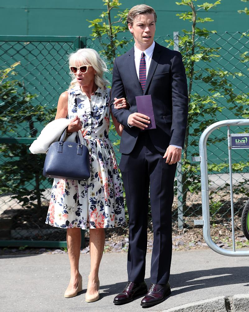 Wearing a suit? Always good. Wearing a suit to Wimbledon with your mom? That's a #BigFitoftheDay.