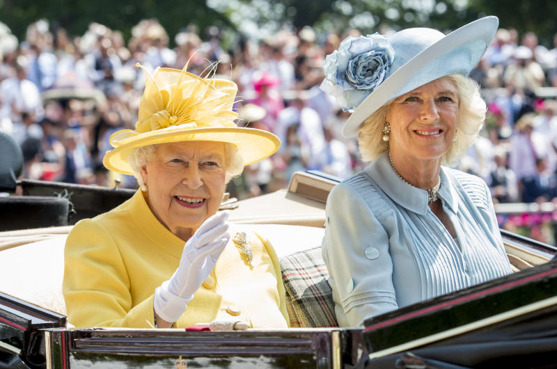 ASCOT, ENGLAND - JUNE 21: Queen Elizabeth II and Camilla, Duchess of Cornwall attends Royal Ascot 2017 at Ascot Racecourse on June 21, 2017 in Ascot, England. (Photo by Mark Cuthbert/UK Press via Getty Images)