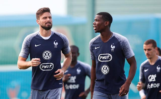 Soccer Football - World Cup - France Training - France Training Camp, Moscow, Russia - June 23, 2018 France's Olivier Giroud and Paul Pogba during training REUTERS/Axel Schmidt