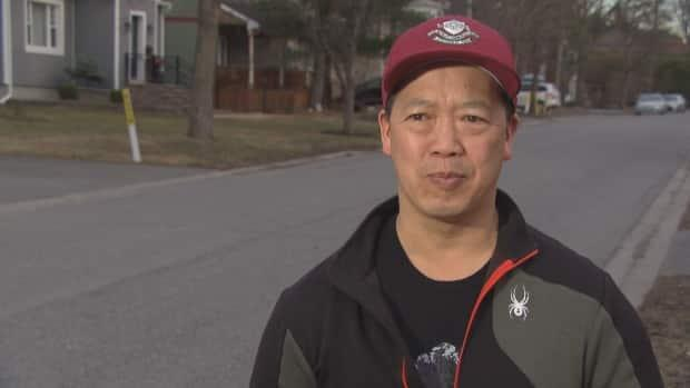 David Chow said the daily act of showing thanks to front-line workers is something that helped him when times were tough.
