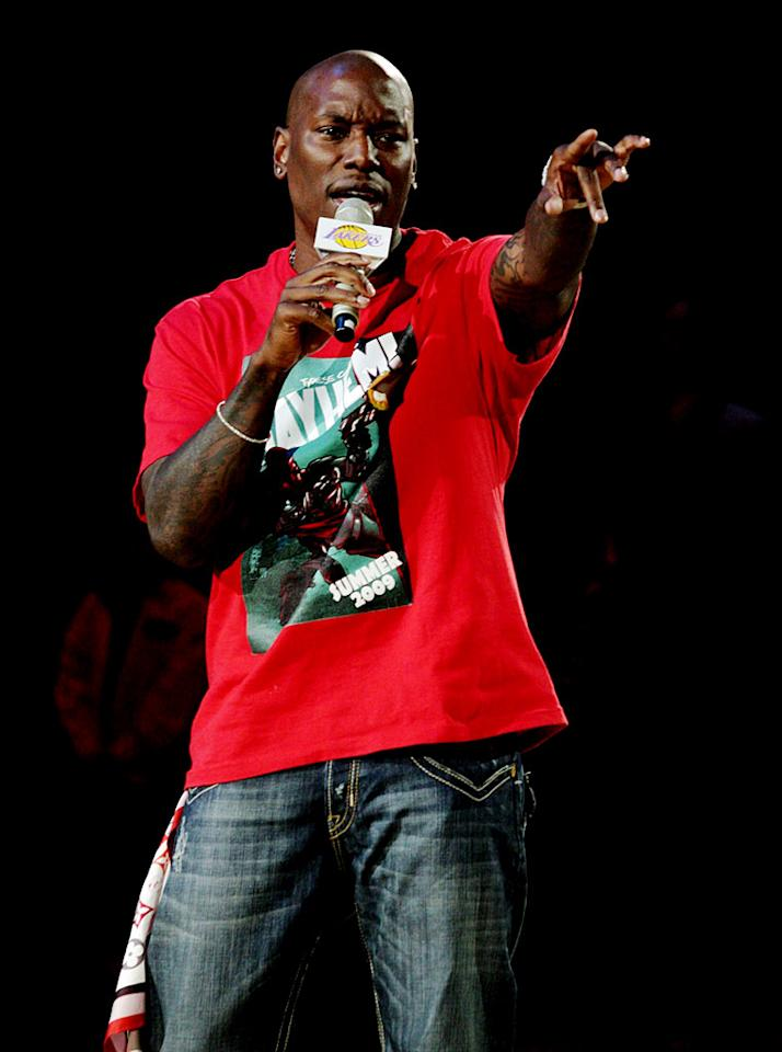 "Tyrese sings the national anthem, changing the words ""our flag was still there"" to ""our Lakers were still there."" Noel Vasquez/<a href=""http://www.gettyimages.com/"" target=""new"">GettyImages.com</a> - May 27, 2009"