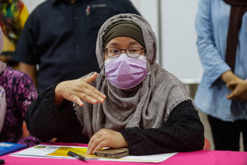Penang state exco Norlela Ariffin speaks to the press during the launch of the Covid 19 Emergency Careline at Dewan Pintar, Guar Perahu September 9, 2021. — Picture by Sayuti Zainudin