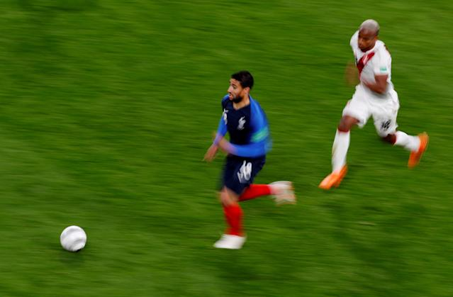 Soccer Football - World Cup - Group C - France vs Peru - Ekaterinburg Arena, Yekaterinburg, Russia - June 21, 2018 France's Nabil Fekir in action REUTERS/Andrew Couldridge