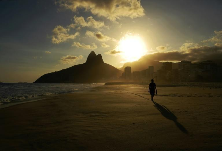 Rio de Janeiro's beaches are closed as a restrictive measure to contain the spread of Covid-19