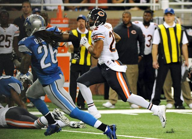 Chicago Bears running back Matt Forte (22) breaks for a 53-yard touchdown during the second quarter of an NFL football game against the Detroit Lions at Ford Field in Detroit, Sunday, Sept. 29, 2013. (AP Photo/Jose Juarez)