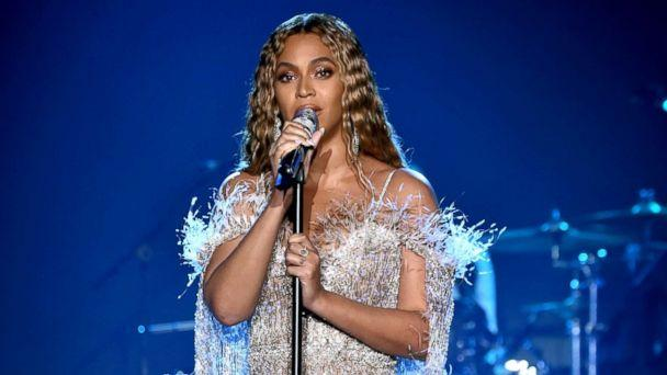 PHOTO: Beyonce performs onstage during the City of Hope Spirit of Life Gala 2018 at Barker Hangar, Oct. 11, 2018, in Santa Monica, Calif. (Kevin Mazur/Getty Images)