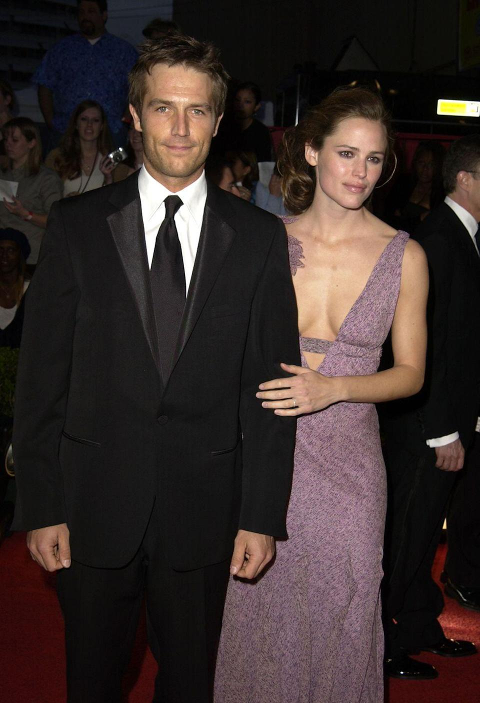 <p>Garner and Vartan played a couple alongside one another in the ABC spy drama <em>Alias</em>, and actually dated for a few months. After breaking up in 2004, the co-stars stayed friends and also proved they could continue a professional relationship sticking to their<em> Alias </em>roles. </p>
