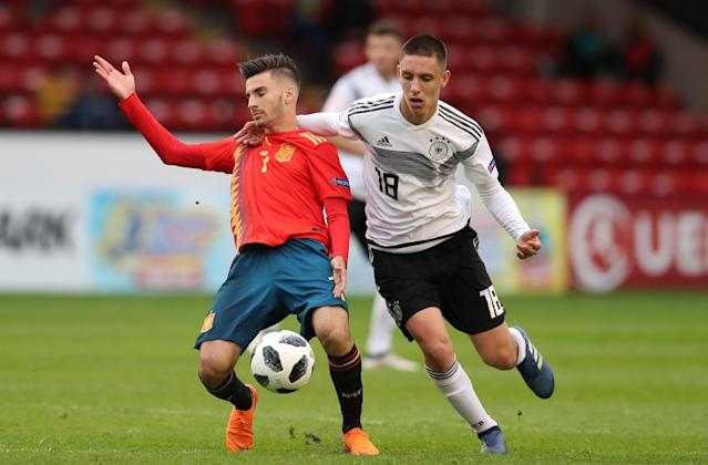 Soccer Football - UEFA European Under-17 Championship - Group D - Spain vs Germany - The Banks's Stadium, Walsall, Britain - May 11, 2018 Spain's Alejandro Baena Rodriguez in action with Germany's Max Brandt Action Images via Reuters/Peter Cziborra