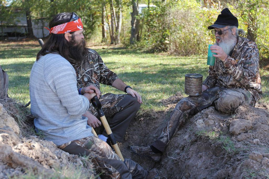 "Jep Robertson and Si Robertson in the ""Duck Dynasty"" Season 3 episode, ""Ring Around the Redneck."""