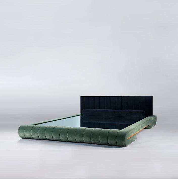 "<h1 class=""title"">VIDIVIXI</h1> <div class=""caption""> The Docked en Rio bed frame, fully upholstered in channeled velvet, is the first VIDIVIXI design to get the world's attention. </div> <cite class=""credit"">Photo: Jorge Abuxapqui</cite>"