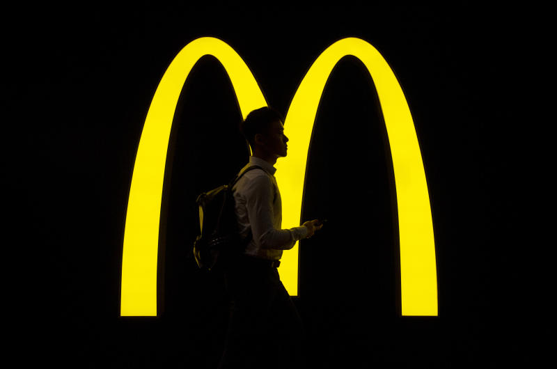McDonald's: queda nos lucros no último trimestre. (Foto: Budrul Chukrut/SOPA Images/LightRocket via Getty Images)