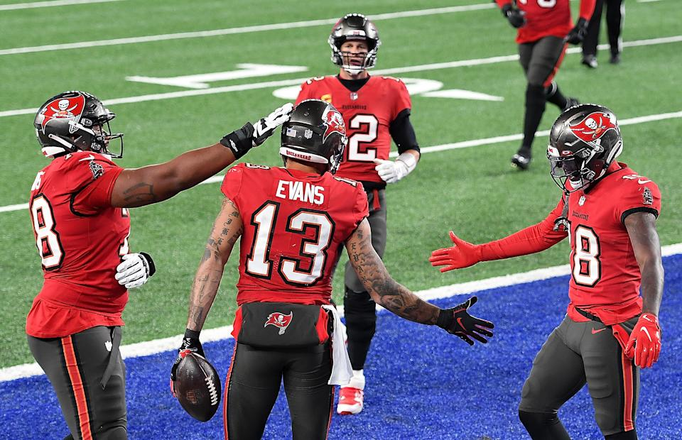 Mike Evans #13 of the Tampa Bay Buccaneers