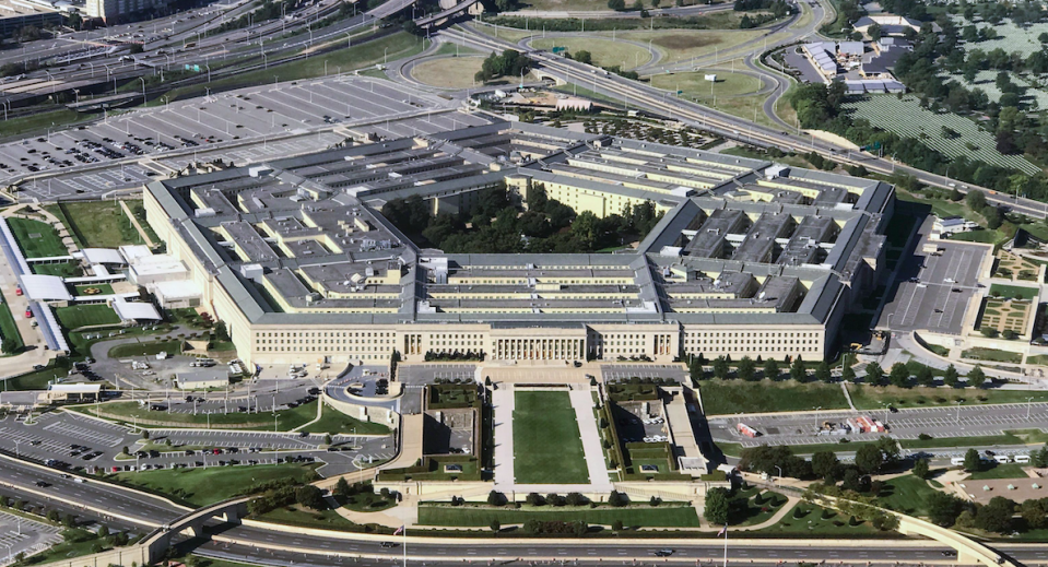 <em>The Pentagon finally admitted the existence of a program to investigate UFO sightings (Rex)</em>