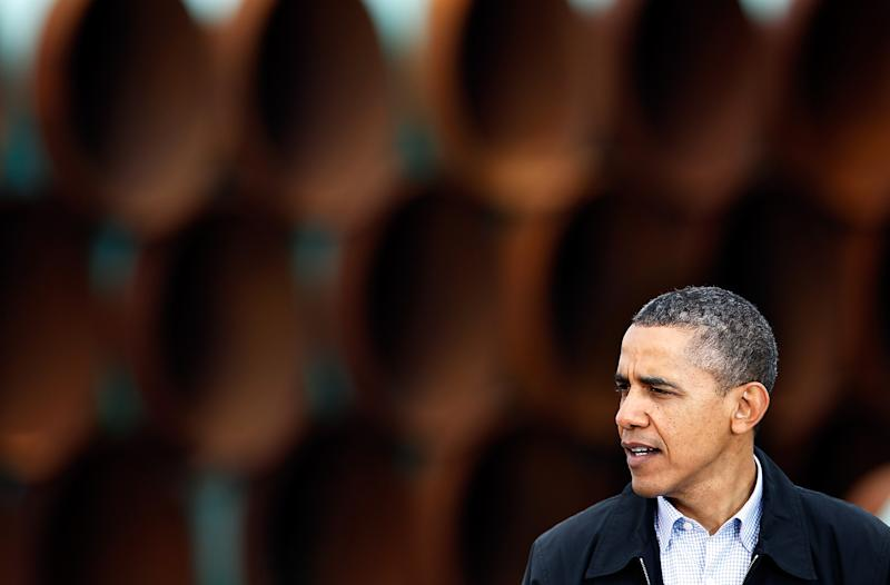 US President Barack Obama speaks at the southern site of the Keystone XL pipeline on March 22, 2012 in Cushing, Oklahoma (AFP Photo/Tom Pennington)