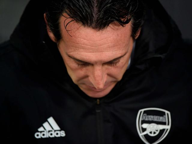 Arsenal head coach Unai Emery gestures: AFP via Getty Images