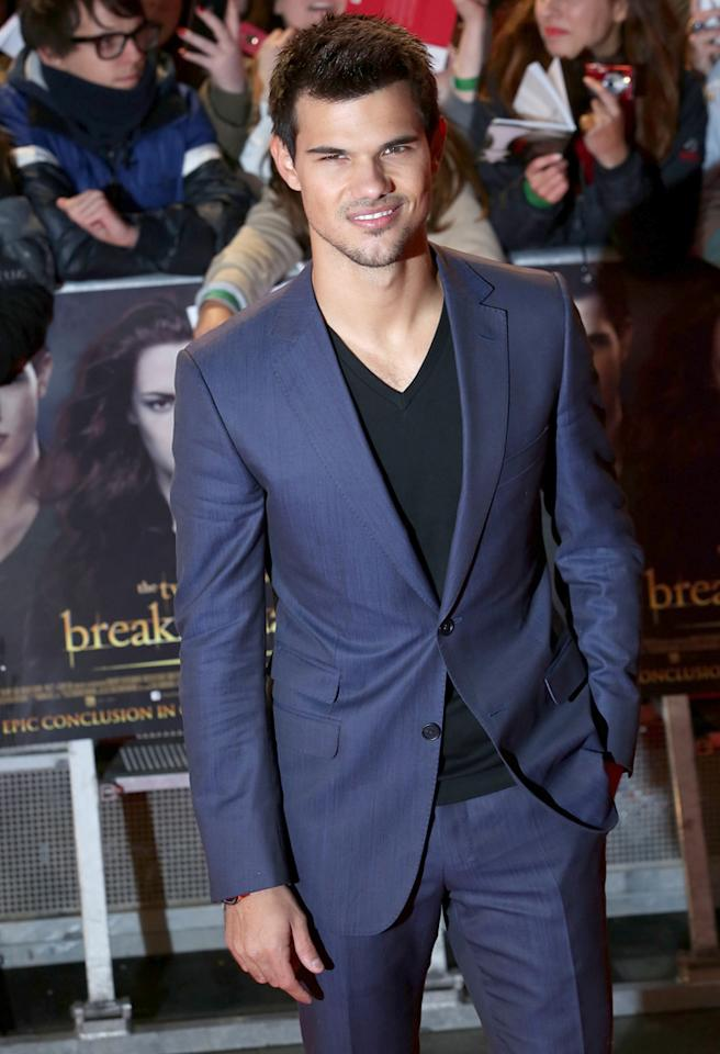 LONDON, ENGLAND - NOVEMBER 14:  Taylor Lautner attends the UK Premiere of 'The Twilight Saga: Breaking Dawn - Part 2' at Odeon Leicester Square on November 14, 2012 in London, England.  (Photo by Tim Whitby/Getty Images)