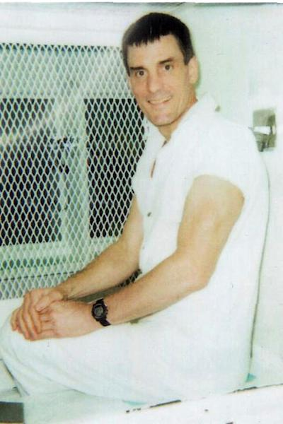 "This handout photo received on June 29, 2007 courtesy of ""Rap n' Rock the Death Clock.Com"" shows Texas death row inmate Scott Louis Panetti (AFP Photo/)"
