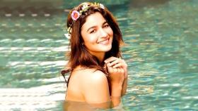 Alia Bhatt records a romantic number for 'Sadak 2'