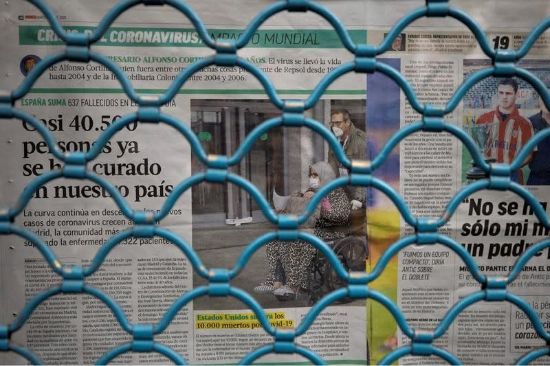 Fewer deaths, new cases of virus in Spain