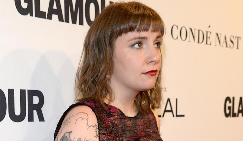 lena dunham enrages donald trump supporters with pro immigration essay lena dunham upsets trump supporters