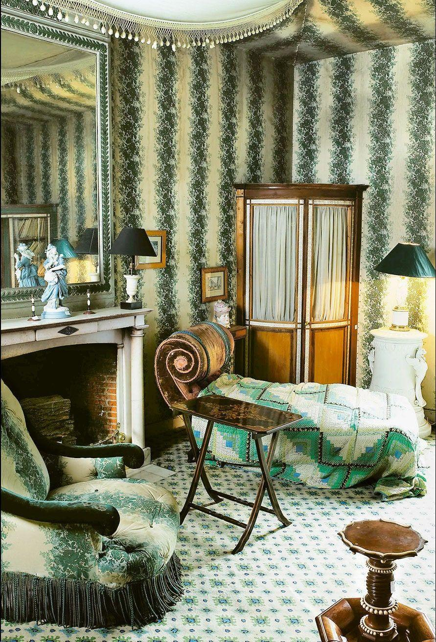 """<p>Beloved decorator Madeleine Castaing clothed the winter dressing room at her house in Lèves, France, in a fabric of her own design that brings the outdoors in. <em><a href=""""https://www.decoratorsbest.com/products/brunschwig-fils-rayure-fleurie-blue-green-fabric"""" rel=""""nofollow noopener"""" target=""""_blank"""" data-ylk=""""slk:Rayure Fleurie"""" class=""""link rapid-noclick-resp"""">Rayure Fleurie</a></em>, a graceful stripe of climbing vines, is available today through Brunschwig & Fils.</p>"""