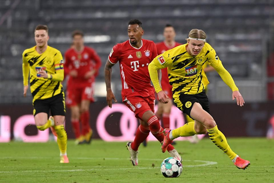 MUNICH, GERMANY - MARCH 06: Erling Haaland of Borussia Dortmund runs with the ball during the Bundesliga match between FC Bayern Muenchen and Borussia Dortmund at Allianz Arena on March 06, 2021 in Munich, Germany. (Photo by Sebastian Widmann/Getty Images) (Photo: Sebastian Widmann via Getty Images)