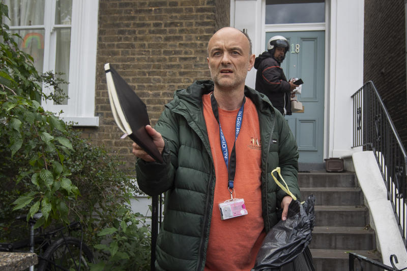 Prime Minister Boris Johnson's senior aid Dominic Cummings leaves his north London home, as lockdown questions continue to bombard the Government after it emerged that he travelled to his parents' home despite coronavirus-related restrictions. (Photo by Victoria Jones/PA Images via Getty Images)