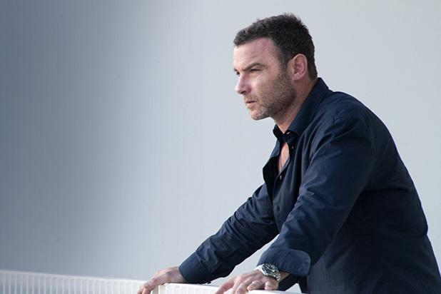 Ray donovan star liev schreiber on his toughest emmy competition and 5 other nominee questions - Liev schreiber ray donovan season 3 ...