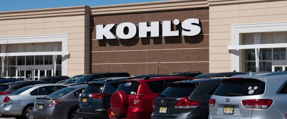 April 19, 2018 - New Jersey. Cars parked in front of a Kohl's store.
