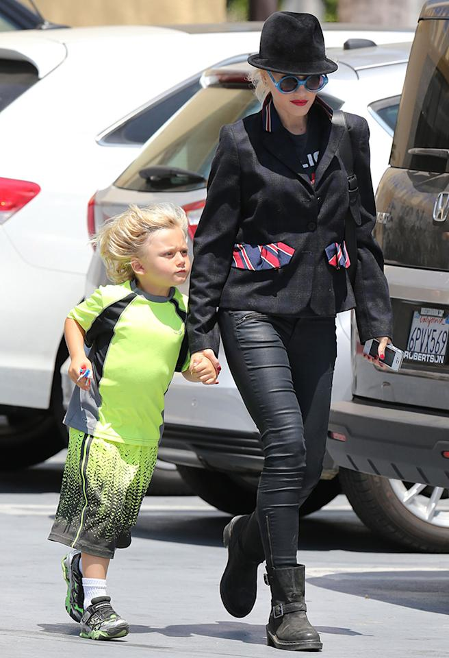 Another day, another shot of Gwen Stefani looking stylish as she shuttles one of her kids around L.A. This time, the No Doubt songstress took youngest son Zuma, 4, shopping in Beverly Hills on Tuesday. Maybe they were shopping for an early birthday gift? The little guy turns 5 in August. (6/25/2013)