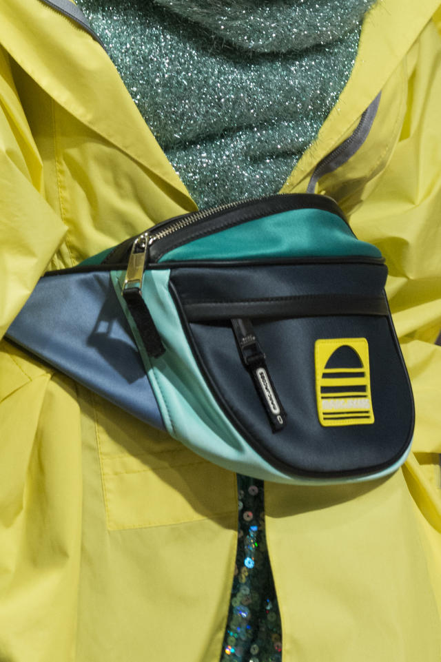 <p><i>Sporty fanny pack from the SS18 Marc Jacobs collection. (Photo: ImaxTree) </i></p>