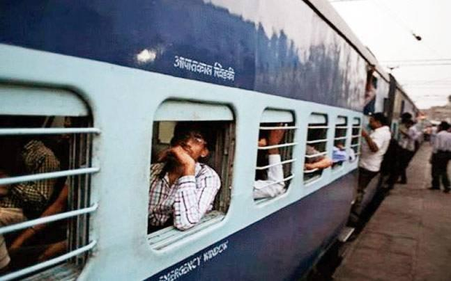 <p>The three Muslims were attacked by six  or seven men while deboarding their train reportedly after an argument  over covering their heads.</p>